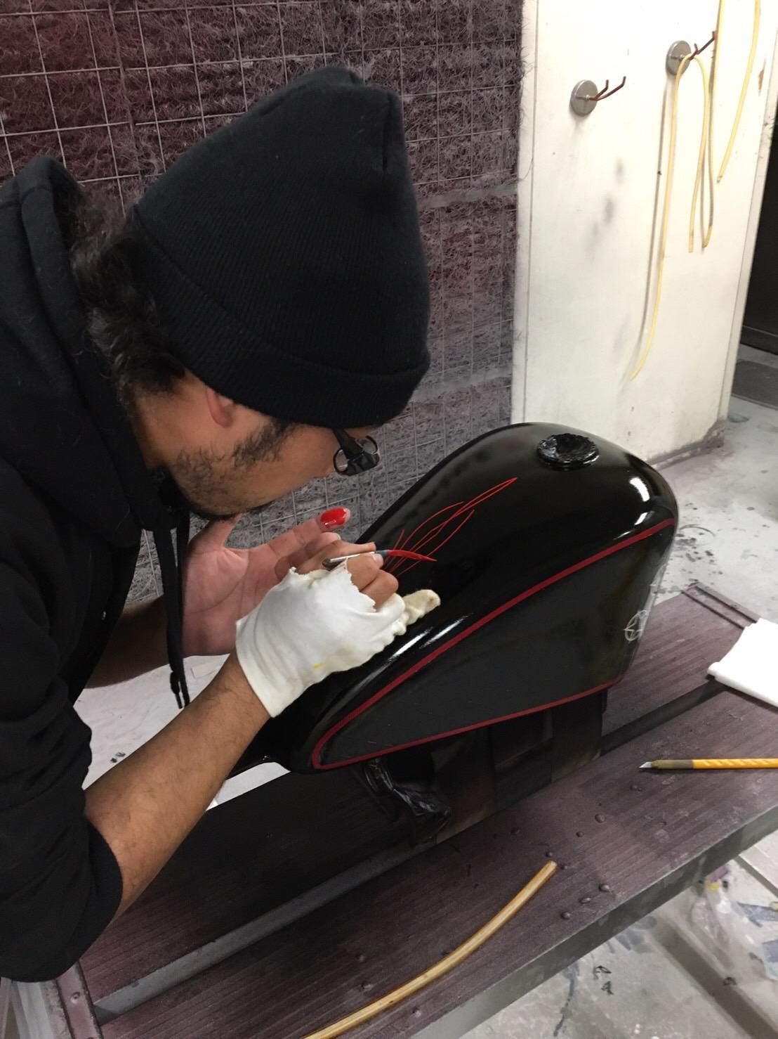 バイク ハンドル・燃料タンク塗装施工後9
